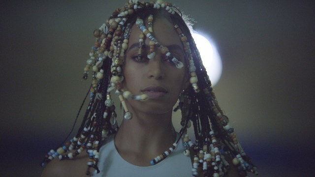 "Solange – ""Don't Touch My Hair"" & ""Cranes in the Sky"""